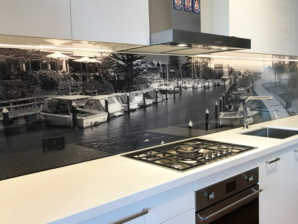 Printed glass kitchen splash back